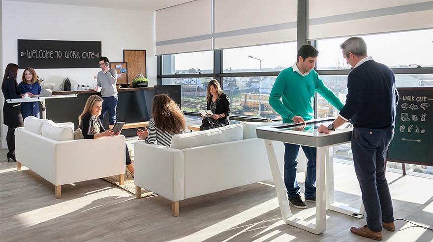Colaborative-workspace-modern-innovative-office-e